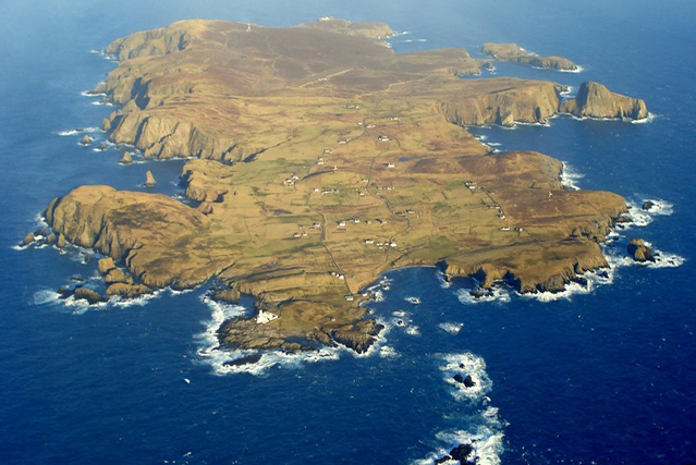 Fair Isle Lighthouse Keeper's Golf Course, Shetland Isles | JOIN ...
